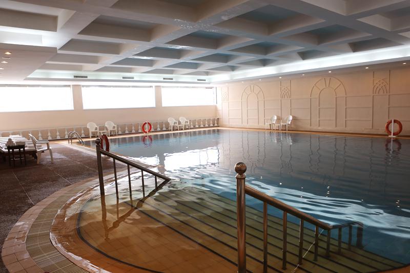 青岛别墅室内泳池图片